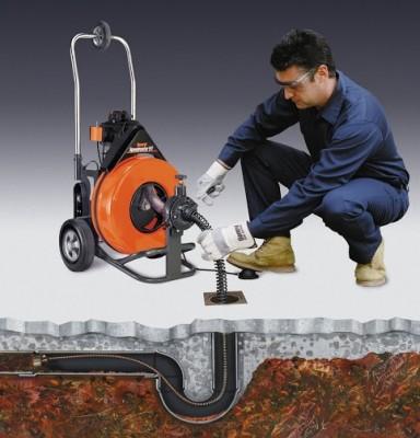 машина чистки канализации